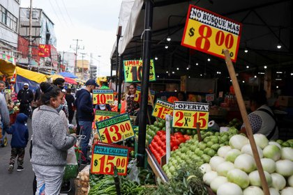 While Mexican inflation is high, the central bank indicated that the latest acceleration is likely to be temporary.  (Photo: Reuters)
