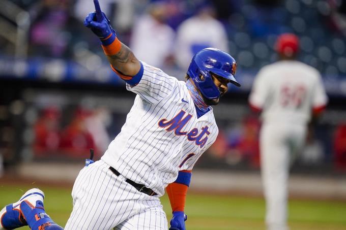 Jonathan Villar pone a los Mets a ganar ante los Filis