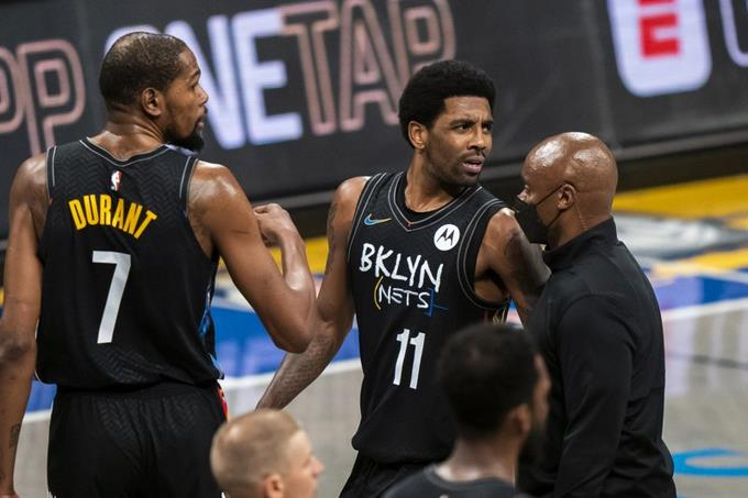 NBA Summary - The Lakers beat the Nets after a brawl and a dismissal