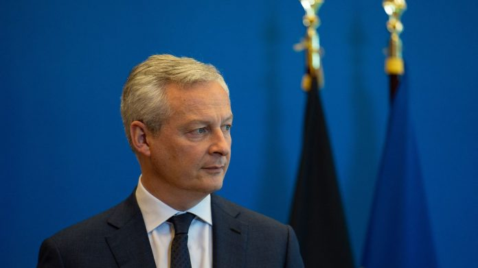 Bruno Le Maire announced that the French public deficit should reach 9.4% in 2021