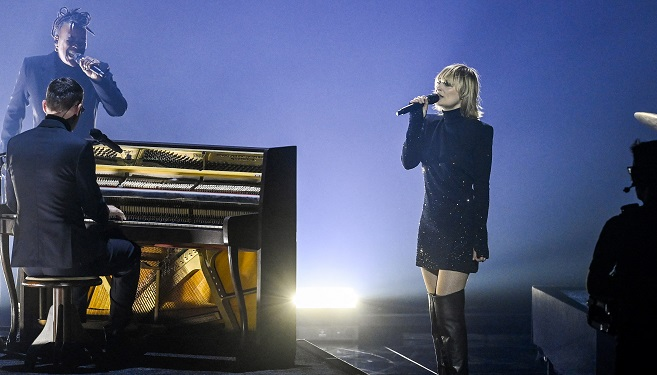 Eurovision: Belgium reach the final thanks to Hooverphonic's performance