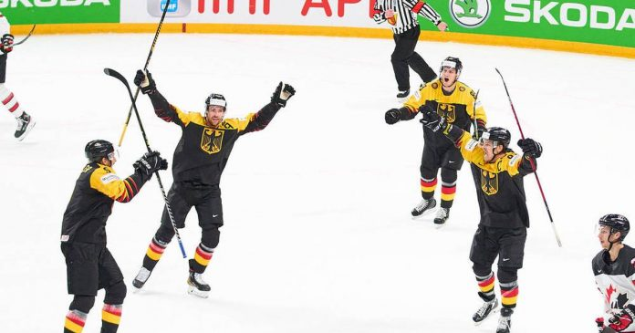 Germany plot in Ice Hockey World Cup!  Historic win against Canada