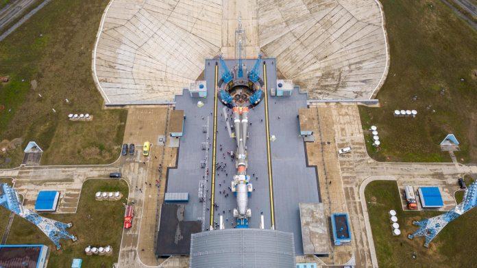 Satellite Internet: A Soyuz 36 launches a new British satellites