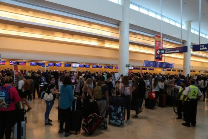 Cancun airport schedules more than 420 operations