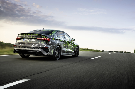 Audi RS 3 Sedan Pus 2 Kyalami Green Camouflage