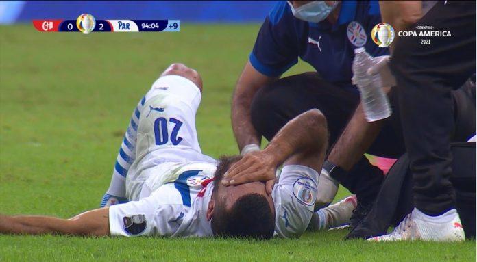 Versus / Let it be something serious!  Antonio Barreiro was injured and had tears in his eyes