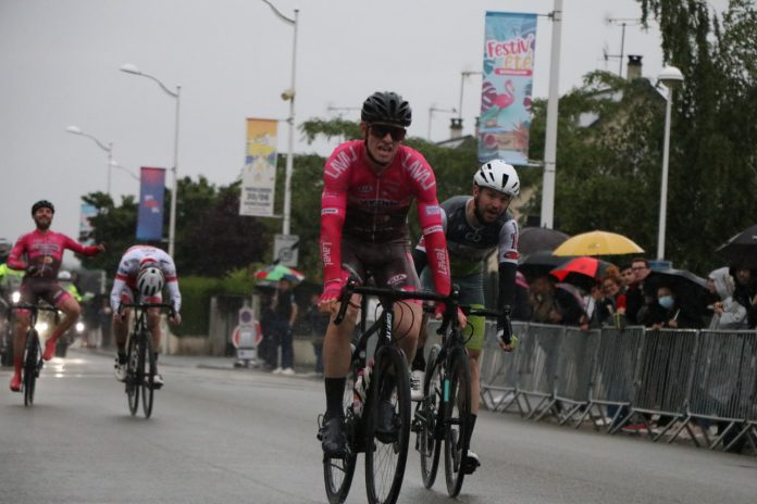 Jocelyn Baguelin remporte le Critérium de Bonchamp 2021.