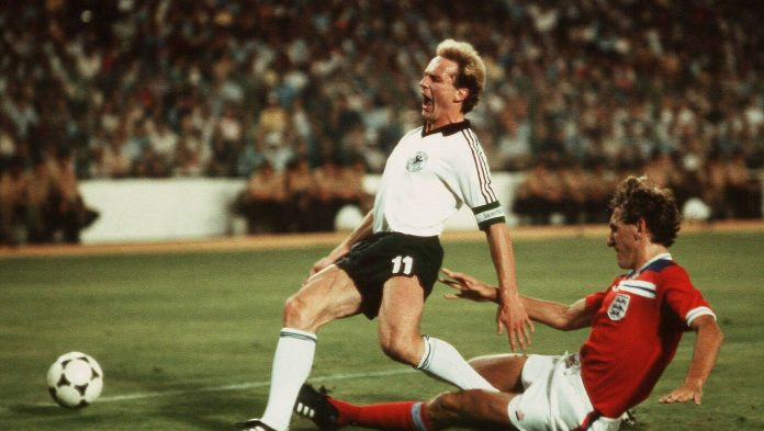 Germany and England 1982: Seasonal loud voices from Baderborn