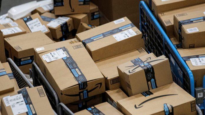Un almacén de Amazon destruye millones de artículos al año, algunos de ellos completamente nuevos, según un informe