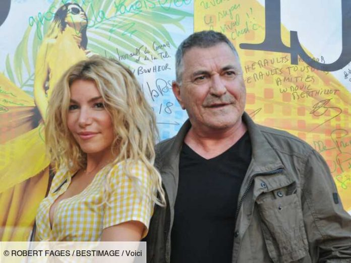 Euro 2021 photos: Lola Marois and Jean-Marie Pigard support the Blues in the family against Hungary