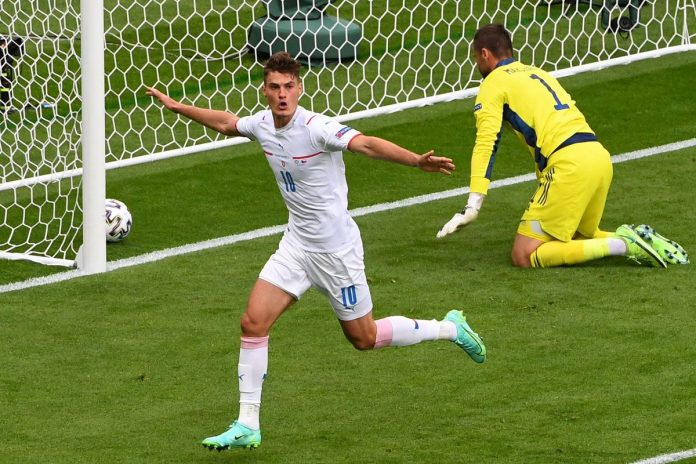 Euro: Scots cooled by Cheek and Czech    Sports    the sun