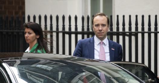 Matt Hancock, the British Minister of Health, with his girlfriend Gina Coladangelo- Corriere.it