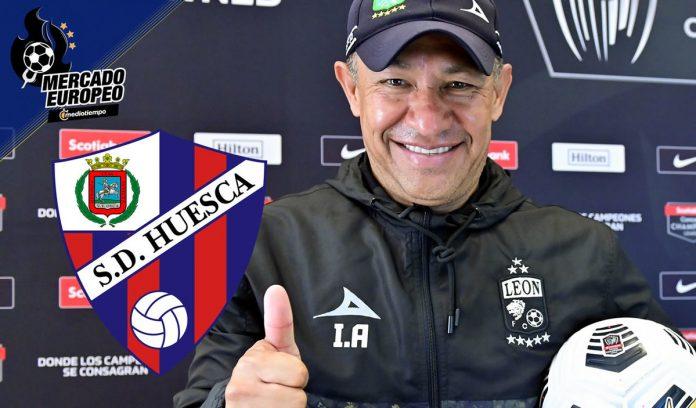 Nacho Ambrez will lead second-tier Huesca in Spain