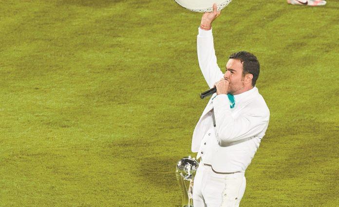 Pablo Montero se disculpa con el pueblo de México por cantar mal el Himno Nacional