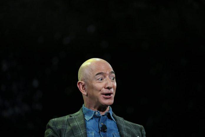 Yes, Jeff Bezos can buy and eat La Mona Lisa (if it's on sale)