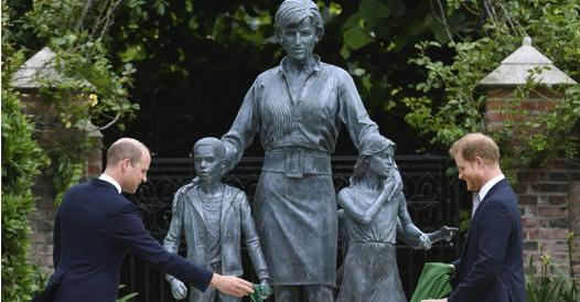 Lady Diana, opening statue with William and Harry- Corriere.it