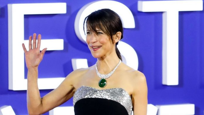 Stung Sophie Marceau: Her Complicated Answer About Vaccination