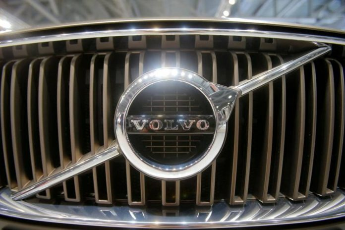 Volvo Cars returns to profit in the first half before a potential IPO