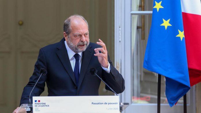 En soutien d'Éric Dupond-Moretti, deux députés quittent la Cour de justice de la République