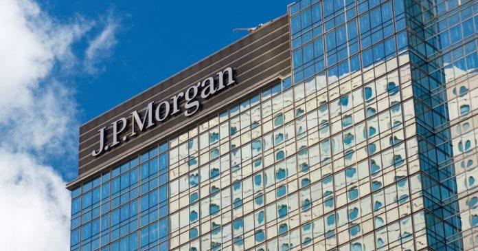 JPMorgan and Deutsche Bank close their representative offices in Mexico