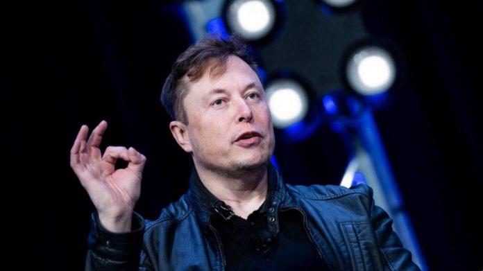 Ce contrat avec la Nasa représente une victoire majeure pour l'entreprise du milliardaire Elon Musk qui ambitionne de s'aventurer plus loin encore dans le système solaire. Photo Brendan Smialowski / AFP