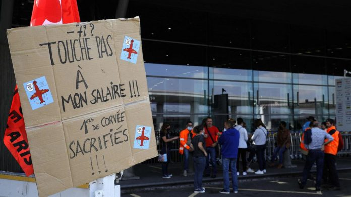 Roissy and Orly airports: about 200 protesters, no flight delays