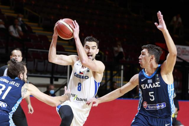 The Czech Republic beat Greece to be included in the France squad for the Olympics