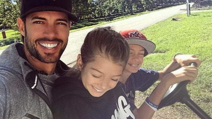 William Levy's son is surprised that he is identical to the actor and they say: Two drops of water