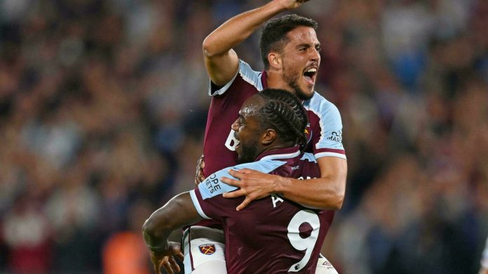 England: West Ham take the lead after beating Leicester