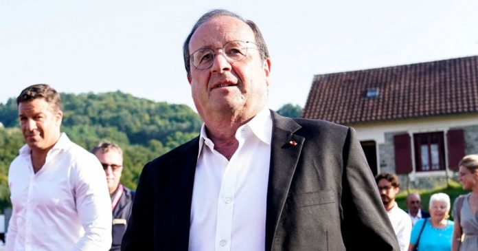 François Hollande and Julie Gayet with family: the former president with his granddaughter in Correz