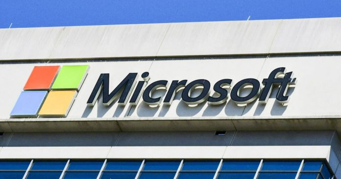 Microsoft receives 6,500 complaints per month, due to