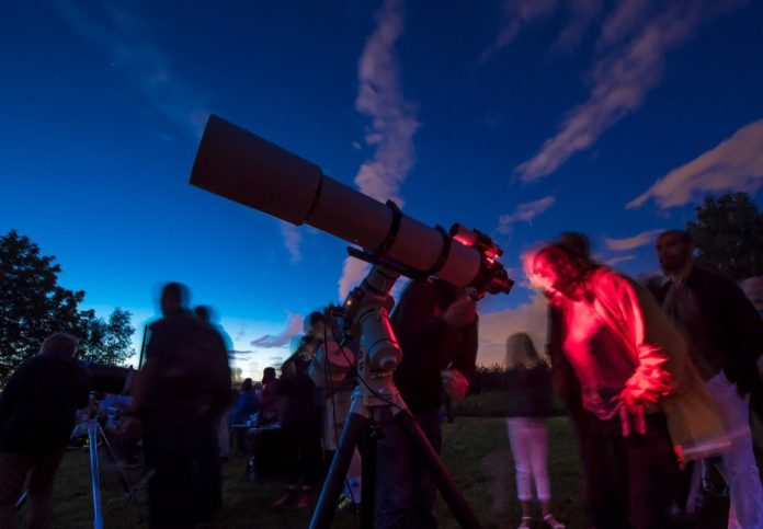 Nuits des étoiles 2021: Where and how do you see meteor showers this weekend?
