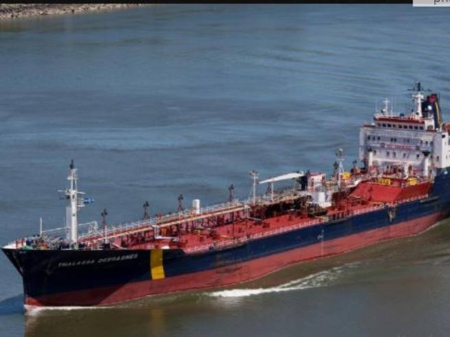Persian Gulf, two tankers attacked by pirates and hostage crews.  Distress from two more units - Corriere.it