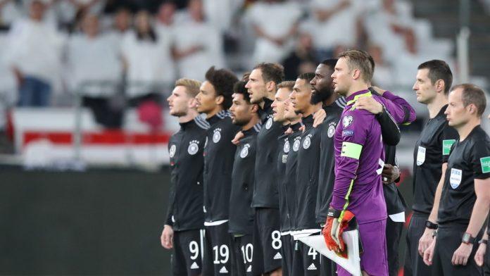 Welche Spieler schickt Hansi Flick gegen Island in die Partie? Alle Infos zur Aufstellung heute.