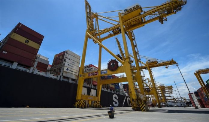 Economic recovery and unemployment triggered trade deficit between January and July  Economy