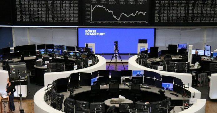 European stocks fall ahead of ECP meeting, EasyJet crashes