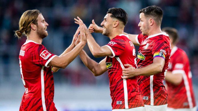 Beginning: SC Freiburg beat St. Pauli at Europa-Park Stadium - Football
