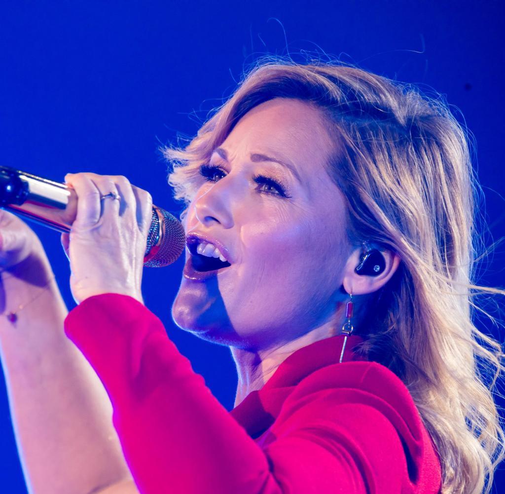 Singer Helen Fisher